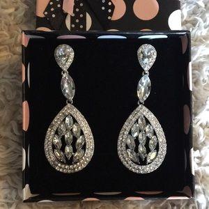 Jewelry - *NEW* Stainless steel earrings